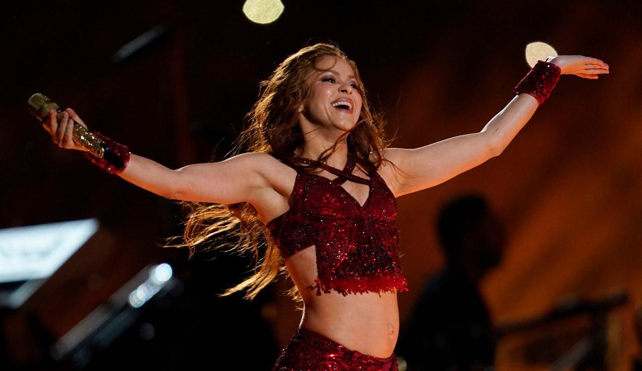 Shakira actuando en el descanso de la Super Bowl 2020
