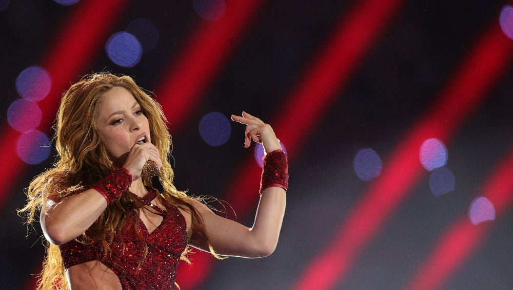 Shakira durante su actuación en la Super Bowl