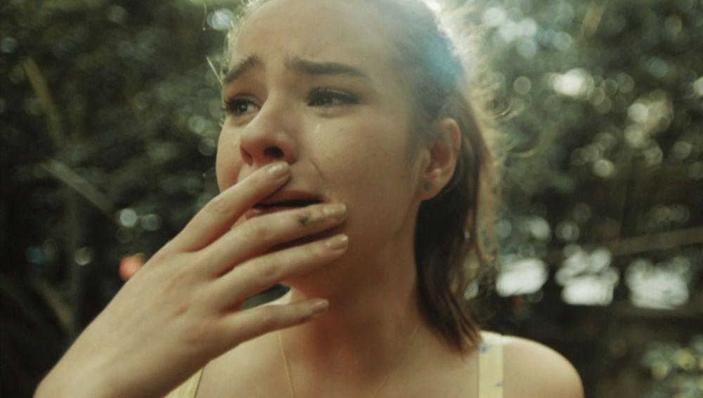 """Soledad encuentra la caja con los recuerdos de su infancia: """"Tenía otro papá y otra mamá"""""""