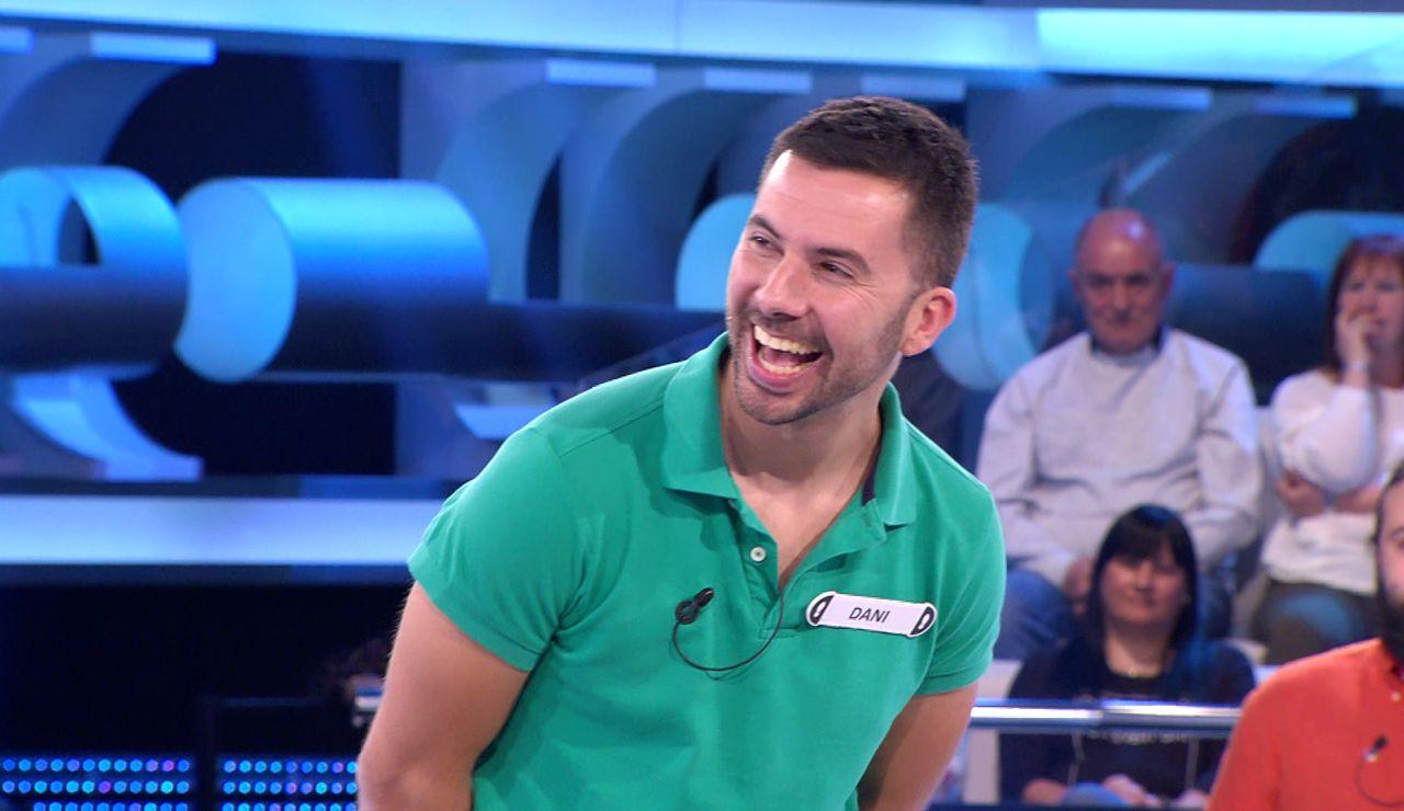 """""""Bollullos no existe"""": Arturo Valls deja atónito a un concursante de '¡Ahora caigo!'"""