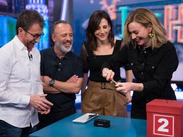Marta Hazas enseña en 'El Hormiguero 3.0' su truco para los carros de los supermercados