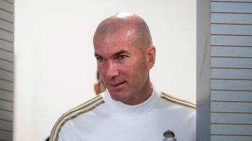 Zinedine Zidane durante una rueda de prensa