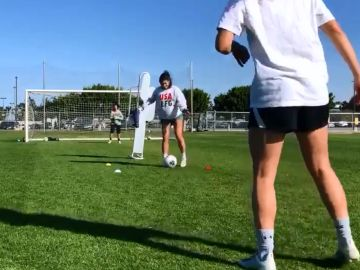 Alex Morgan entrenando embarazada