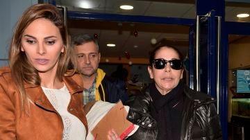 Irene Rosales junto a su suegra Isabel Pantoja