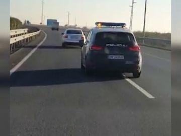 Espectacular persecución policial que acabó con dos policías heridos en Huelva