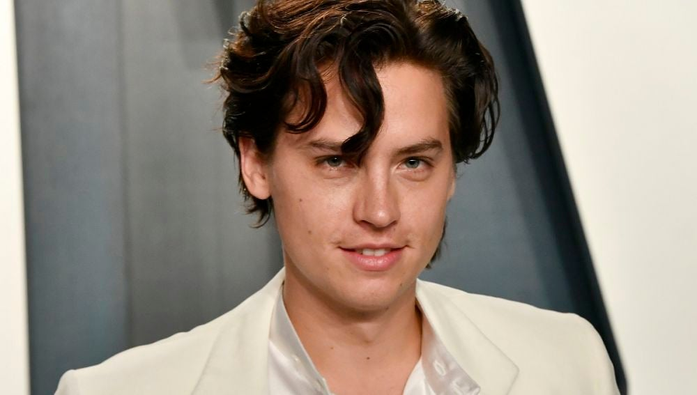 Cole Sprouse en la fiesta post Oscar