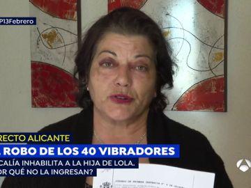 """La mujer que robó 40 succionadores de clítoris agrede brutalmente a su madre:""""Si no tiene dinero se prostituye"""""""