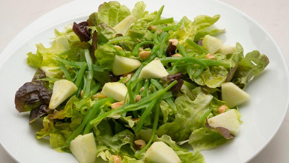 Ensalada de judías verdes y manzana