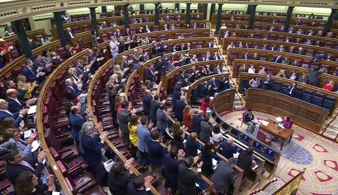 Bronca en el Congreso con el PP pidiendo la dimisión de Ábalos y los socialistas aplaudiendo