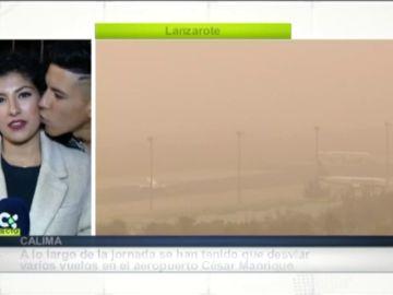 Multado con 2.410 euros el joven que besó a una periodista en directo en Canarias