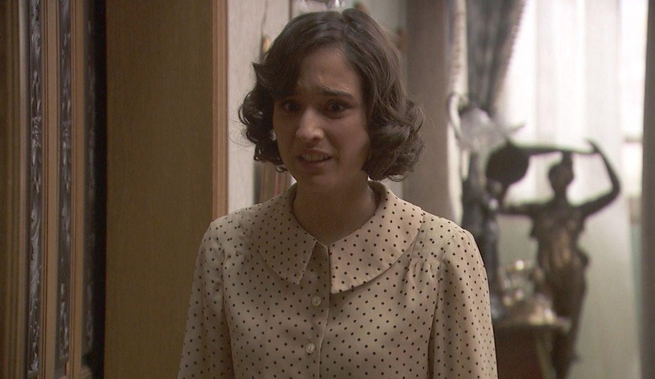 Avance 'El secreto de Puente Viejo': Rosa, insultada a sus espaldas en su propia casa