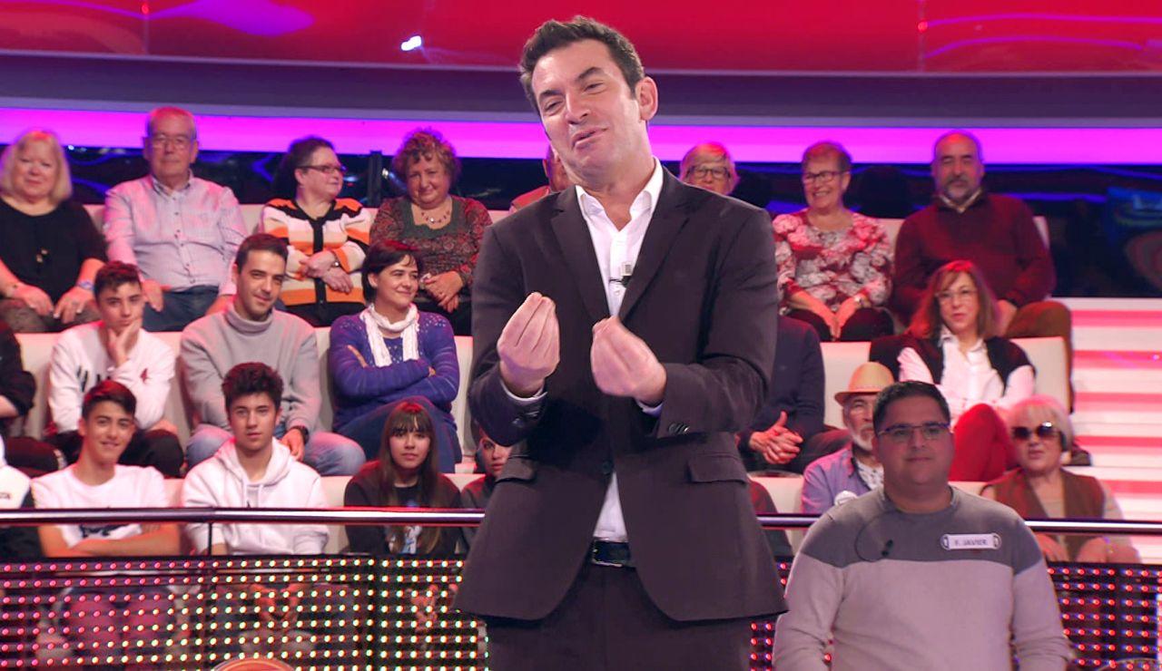 Arturo Valls se posiciona en '¡Ahora caigo!' ante el mayor debate nacional: ¿Tortilla con o sin cebolla?
