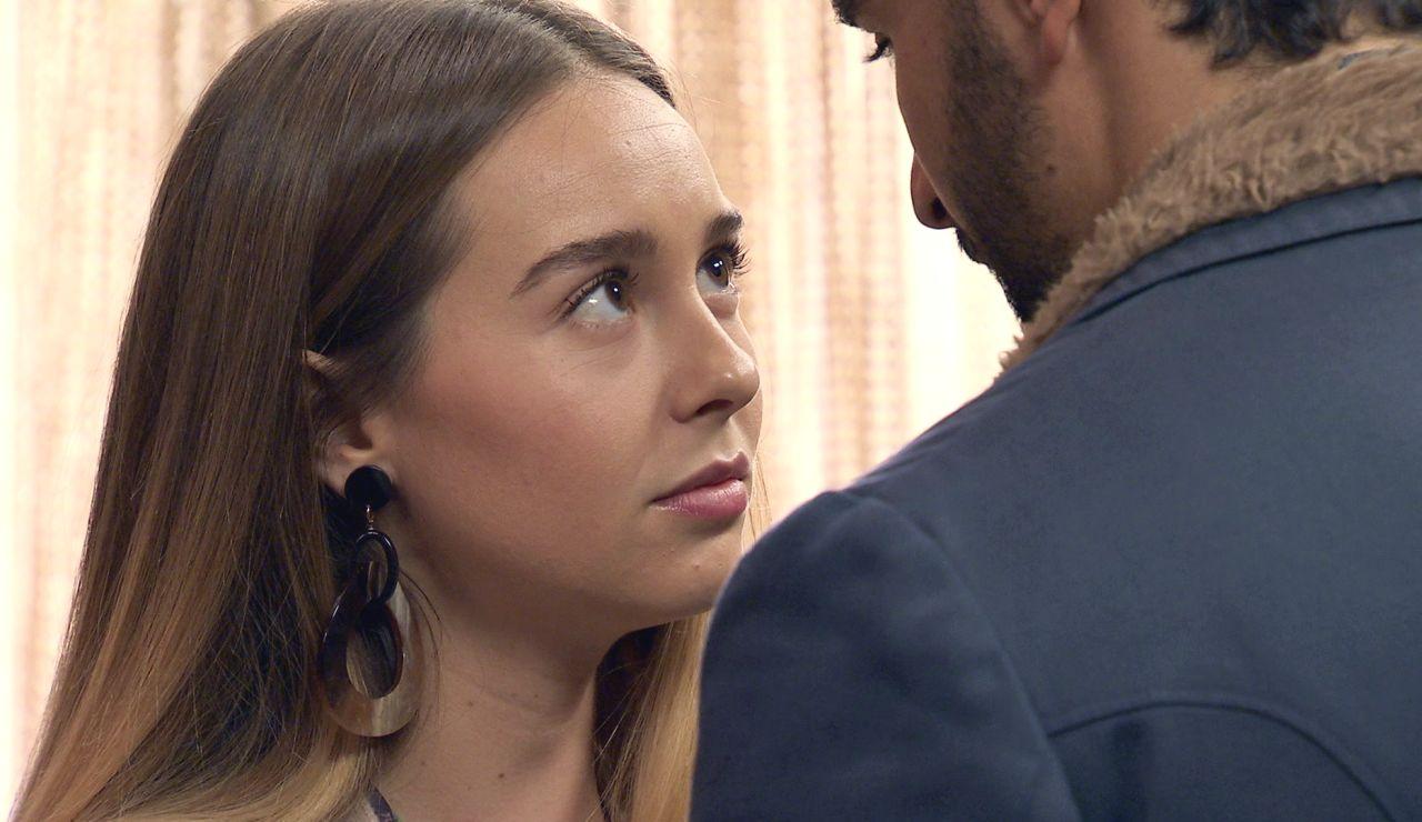 Luisita, de nuevo ante la tentación de besar a Sebas