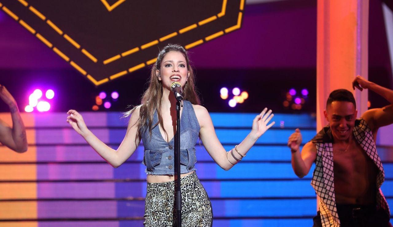 Nerea Rodríguez es un torbellino de energía en 'Step back in time' como Kylie Minogue