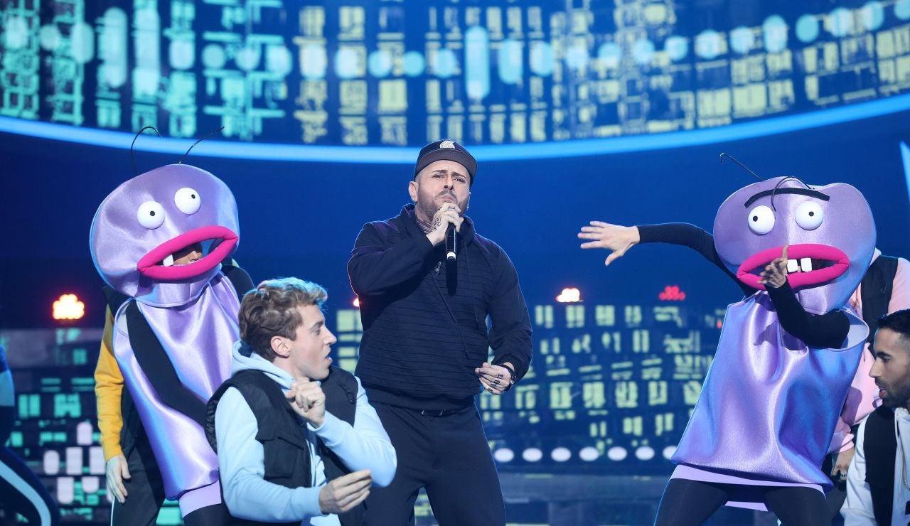 'El perdón' de El Monaguillo al cantar como Nicky Jam