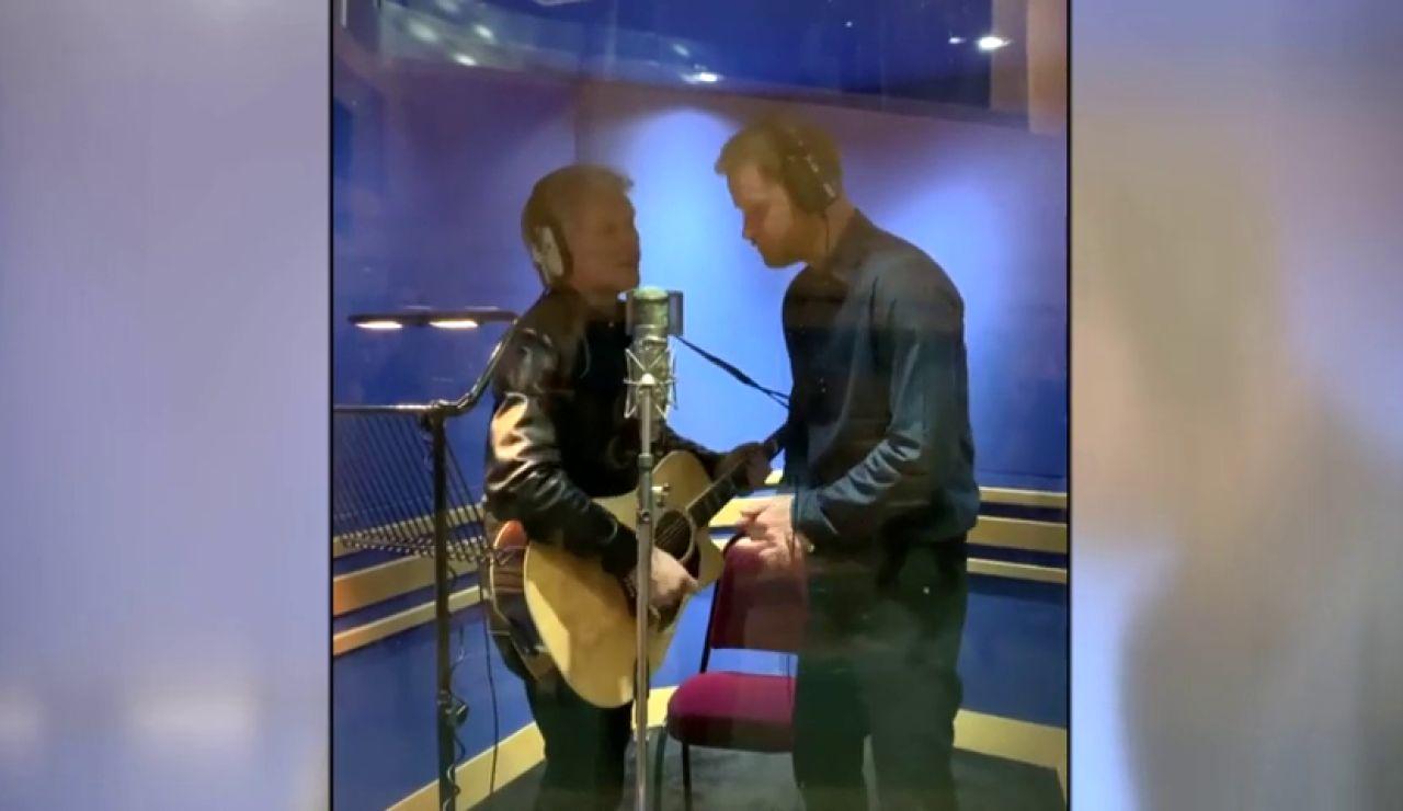 El principe Harry y Bon Jovi cantan juntos por una buena causa