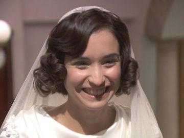 Los delirios de una Rosa vestida de novia ponen en riesgo su vida