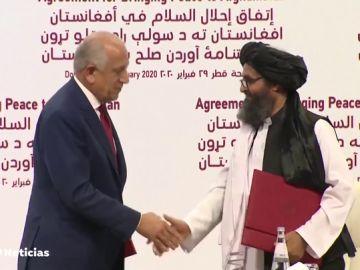 REEMPLAZO Estados Unidos y los talibanes firman un acuerdo de paz
