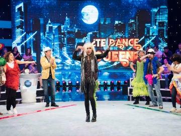 ¿Qué hacen El Fary, Jenifer López, Buzz Lightyear y Carmen de Mairena juntos sobre el mismo escenario?