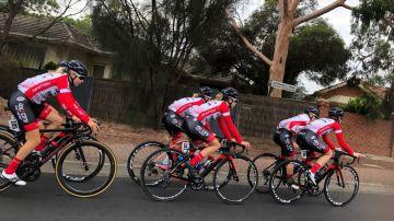 Las ciclistas del Doltcini-Van Eyck Sport