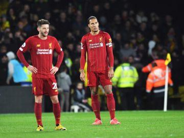Los jugadores del Liverpool, en la derrota por 3-0 ante el Watford.