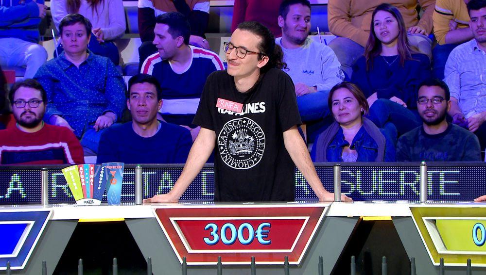 Dos concursantes de 'La ruleta de la suerte' se unen para echar del concurso a su compañero