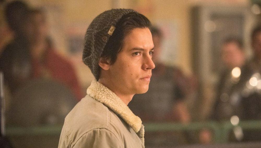 Cole Sprouse es Jughead en 'Riverdale'