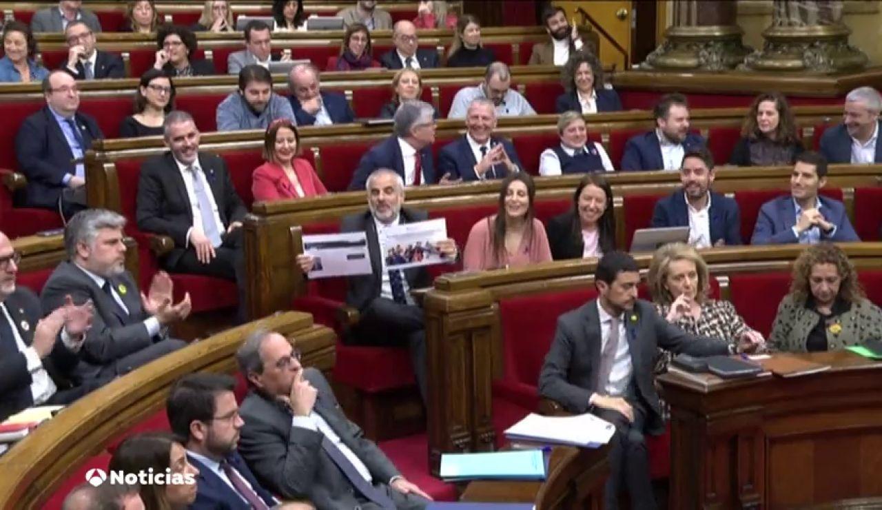 Torra y ERC escenifican sus diferencias en el pleno del Parlament