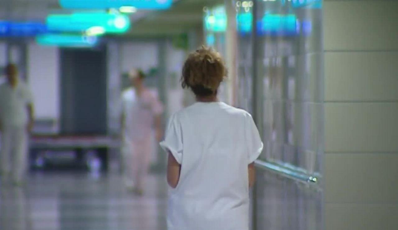 Más de 100 sanitarios siguen aislados por el coronavirus