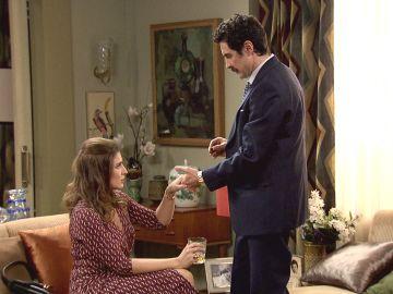 """Un anillo y una bonita declaración de amor, ¿habrá dicho que """"sí"""" Irene a Armando?"""