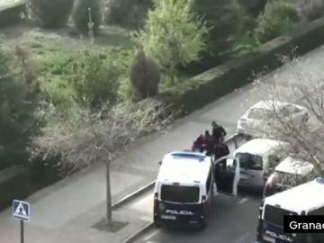 Persecución policial en Granada por saltarse el confinamiento por el coronavirus... y algo más