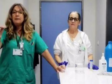 Una enfermera de Cádiz explica a ritmo de chirigota como usar lejía para desinfectar de coronavirus el hospital