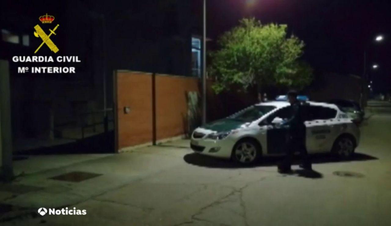 La Guardia Civil visita las residencias de ancianos para comprobar su estado durante la crisis del coronavirus