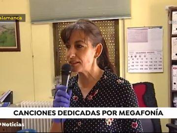 Del Angelus a discos dedicados, el pueblo que entretiene por megafonía durante la crisis del coronavirus