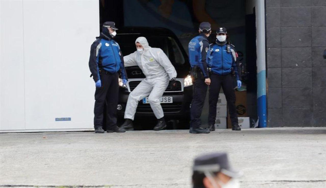 laSexta Noticias 14:00 (24-03-20) El Palacio de Hielo de Madrid ya funciona como morgue y recibe a los primeros fallecidos por coronavirus