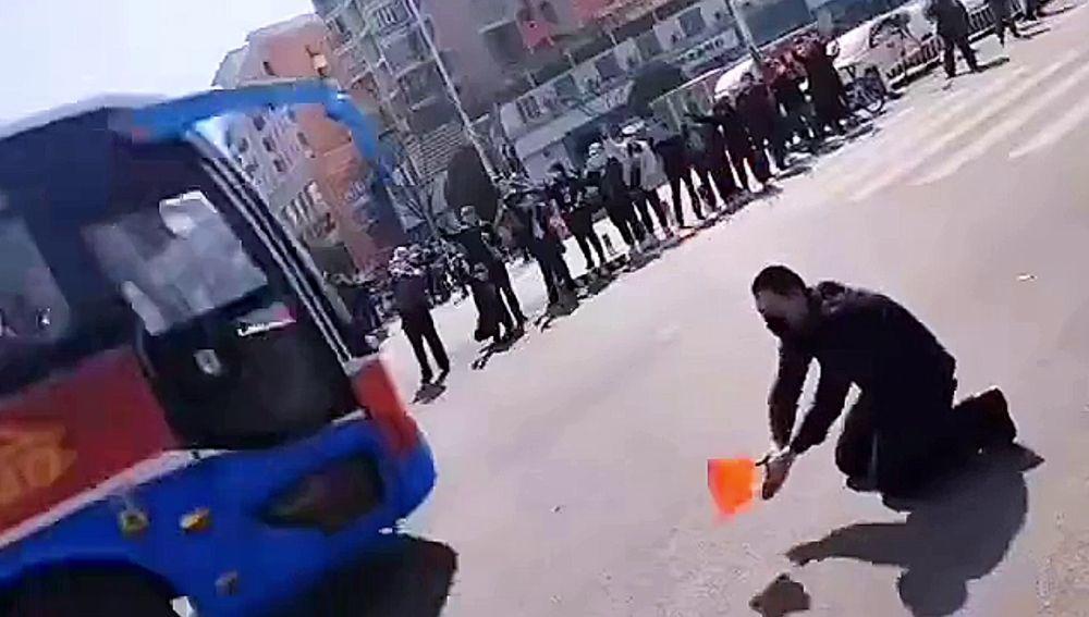 Agradece a los médicos en China