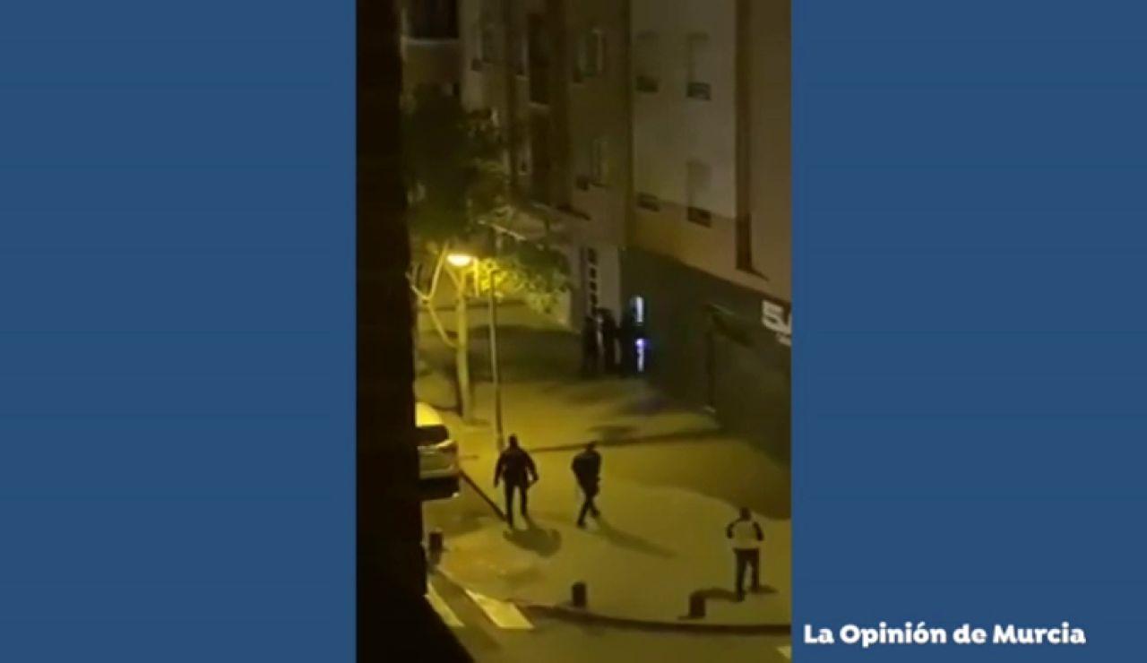 La policía pilla a seis vecinos de El Palmar (Murcia) tomando algo en un bar en pleno estado de alarma