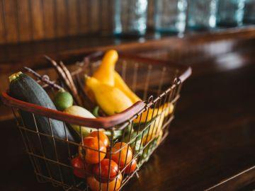 Coronavirus: Arrestan a un joven por lamer productos en un supermercados