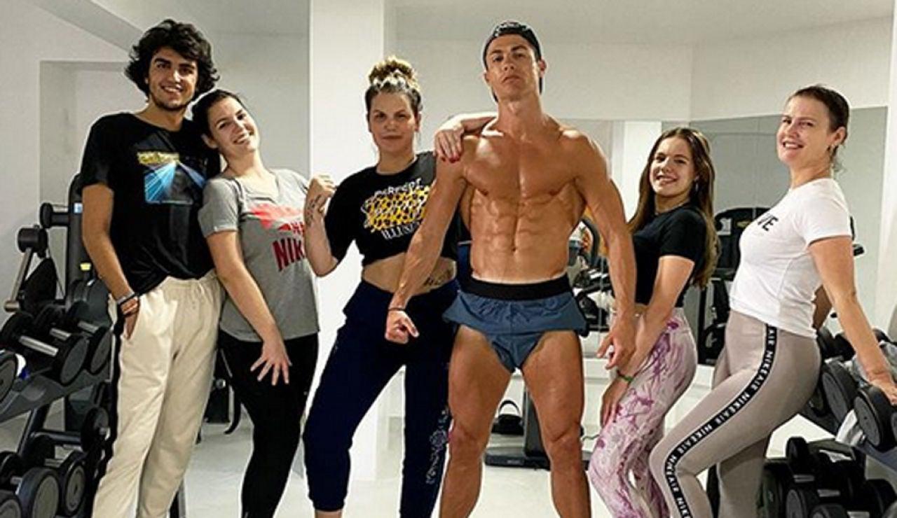 Cristiano Ronaldo, junto a su familia