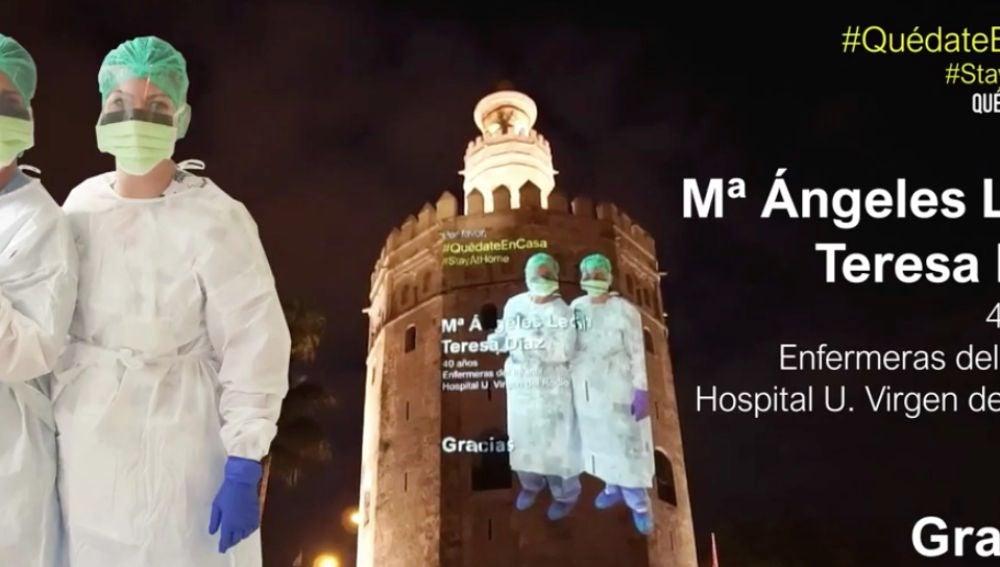 La Torre del Oro se ilumina por los sanitarios