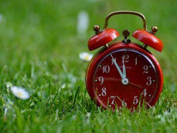 Cambio de hora 2020: ¿Cómo afecta el horario de verano a tu salud?