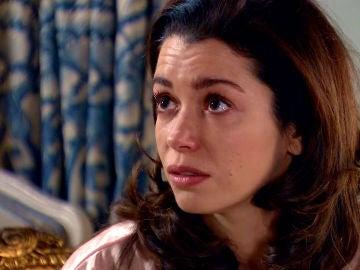 """Amelia rompe a Luisita: """"¿Tienes idea de cómo me siento teniéndote aquí y saber que no te puedo besar?"""""""