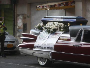 Coche fúnebre en Colombia