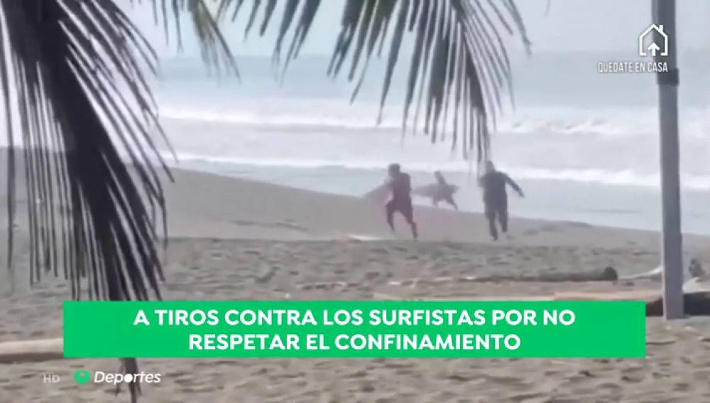 La Policía de Costa Rica persigue a tiros a los surfistas que se saltan el confinamiento por el coronavirus