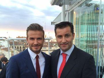 Paco Sanz, junto a Beckham