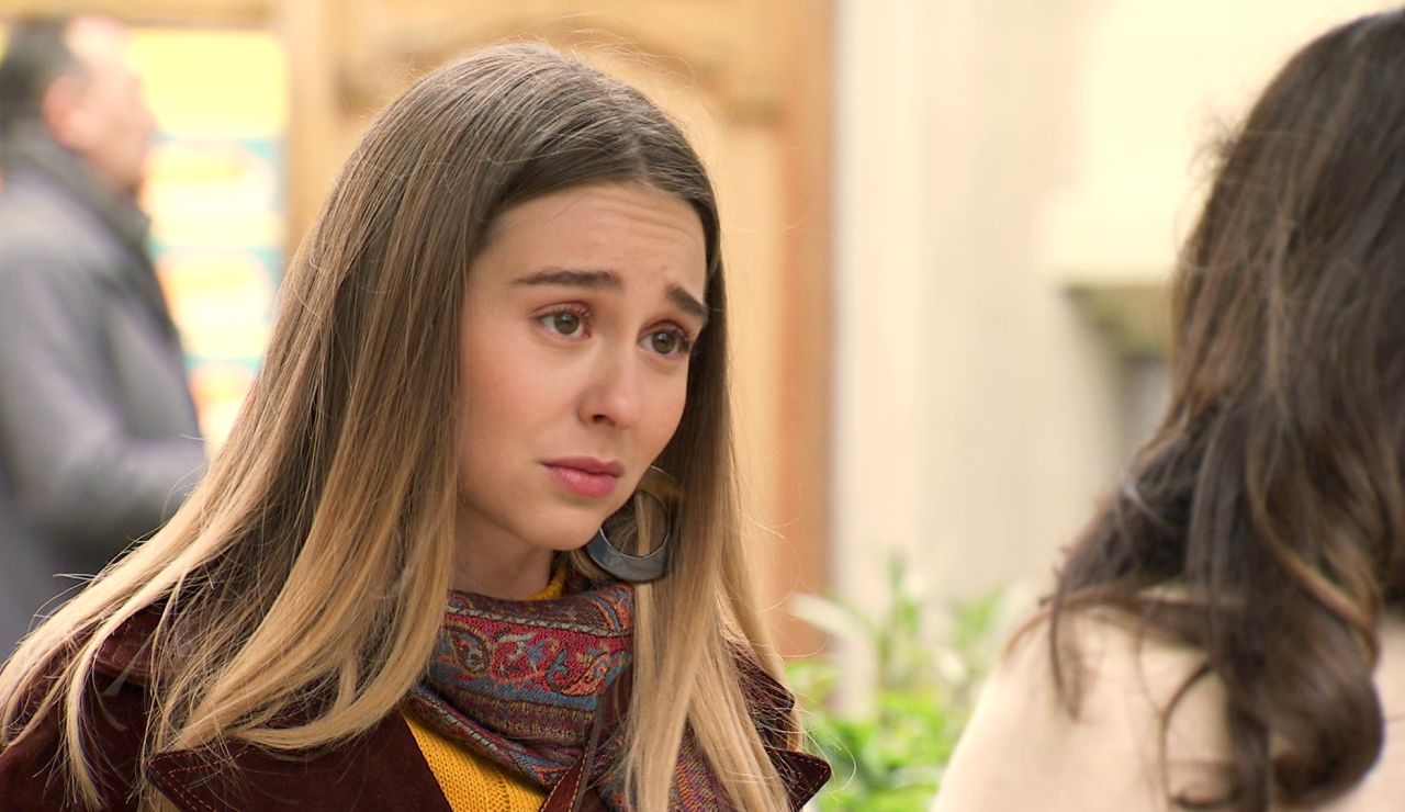 Luisita, cegada por el miedo, intenta poner distancia con Amelia