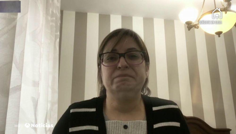 """La hija de una víctima del coronavirus: """"Mi padre murió llamándome y diciéndome: '¡Por favor me muero, ayúdame!'"""""""