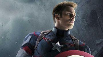 Chris Evans como Capitán América