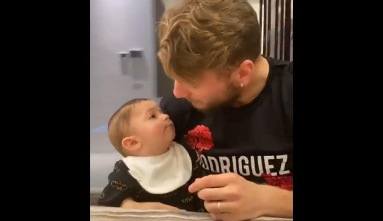 Immobile y su bebé