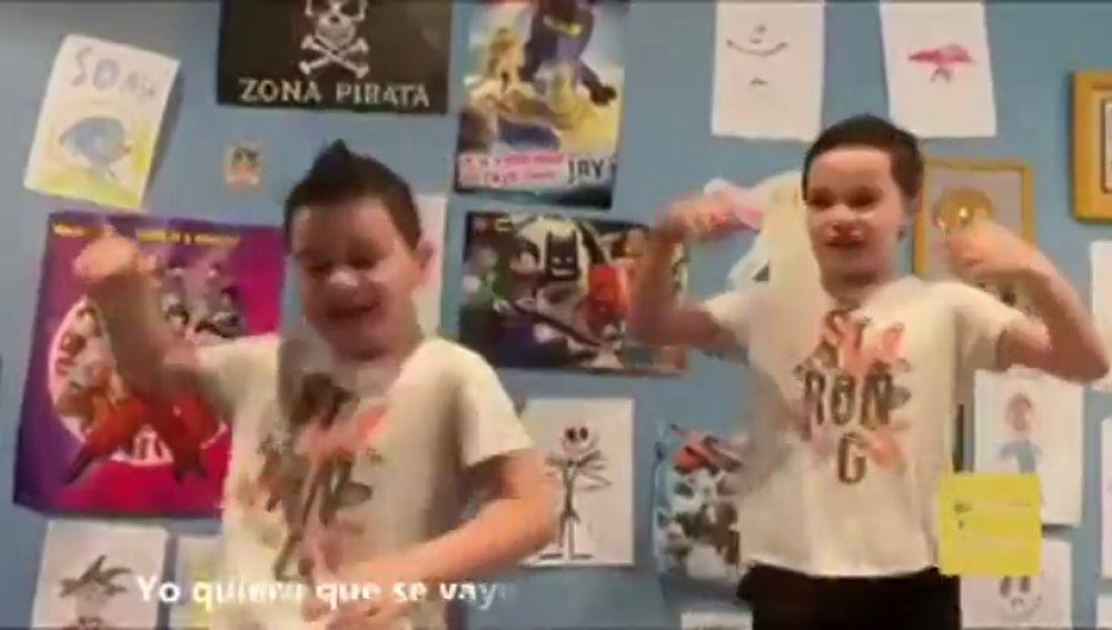 La marchosa canción de un niño de 7 años de Valencia para espantar al coronavirus